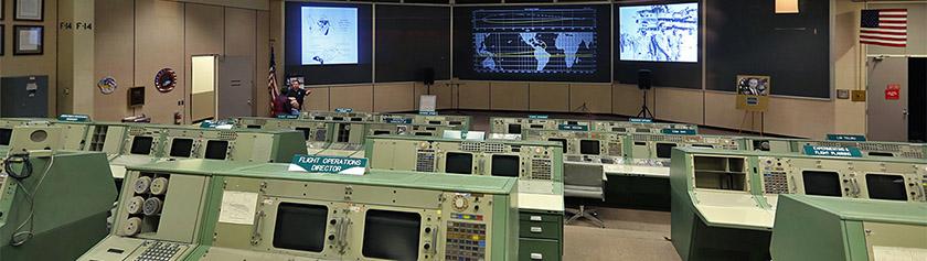 Apollon jalanjäljissä Houston Space Centerillä