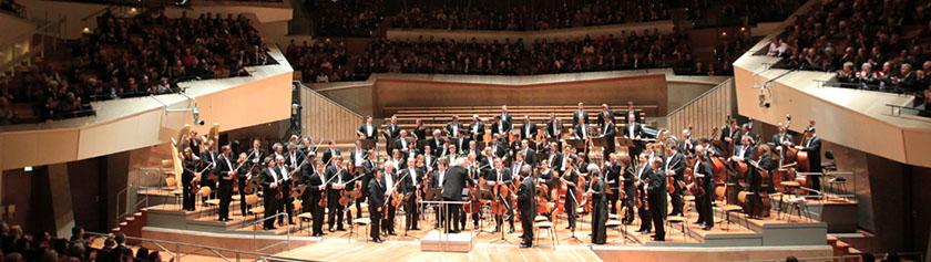 Berliinin filharmonikkoja kuulemassa