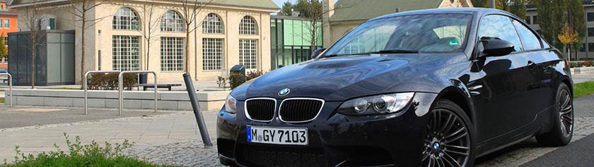 Hauskuttelua legendaarisella BMW M3:lla