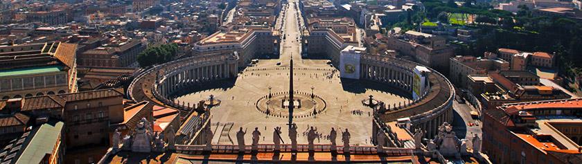 Valtava Pietarinkirkko sekä antiikin Rooman nähtävyyksiä