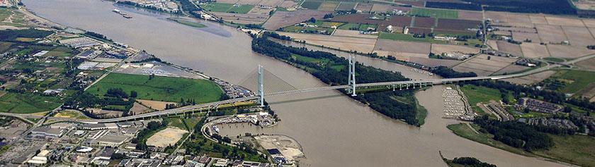 Uusi George Massey Bridge